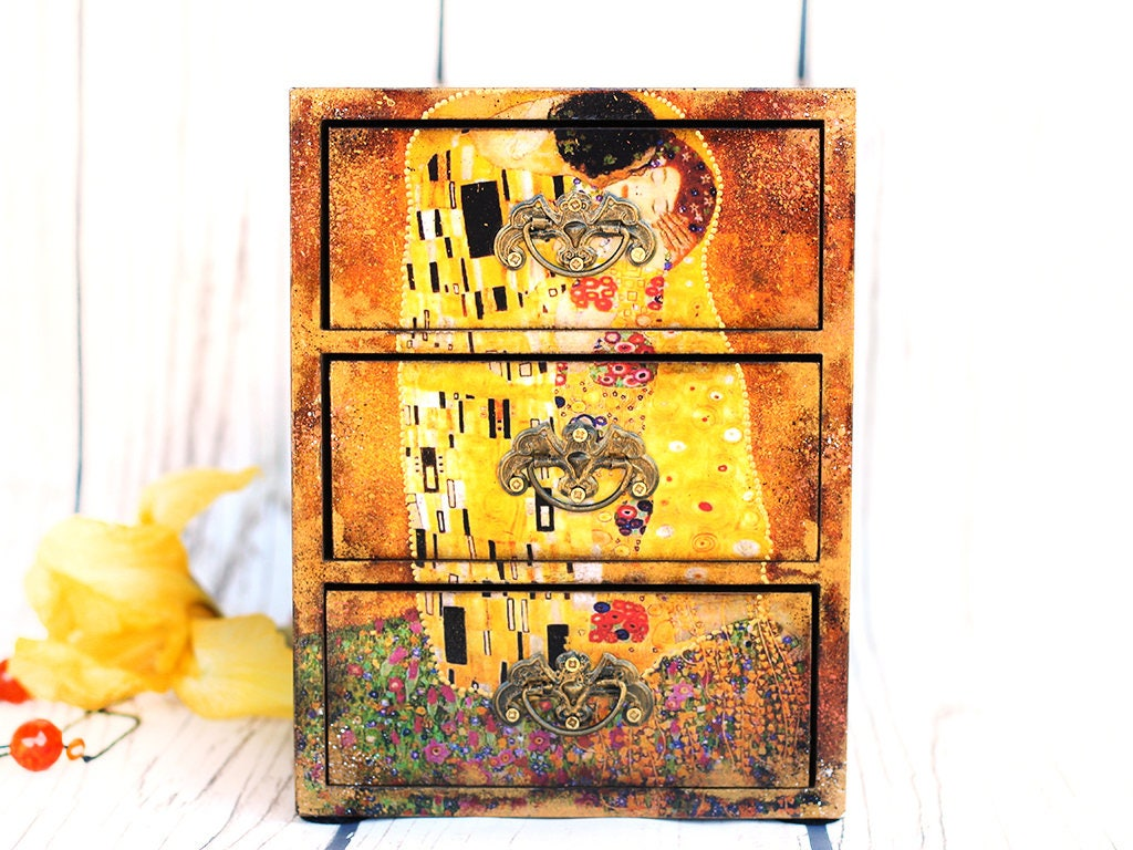 Gustav Klimt The Kiss Mini wooden chest drawers Tree of life