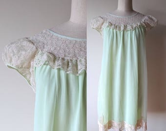 Vintage chiffon nightgown / pale green chiffon and lace short madmen nightie by Mary Barron size medium