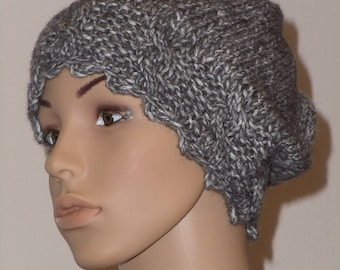 Knit cabled Beanie in grey