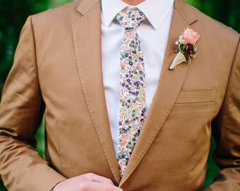 Green Herren Krawatte, Moosgrün, benutzerdefinierte grüne Krawatte, Trauzeugen Krawatte, Baumwolle Krawatte, Fliege Trauzeugen, Freiheit Druck Krawatte, florale Krawatte