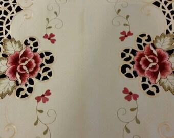 Pink & Off White Flower Table Runner