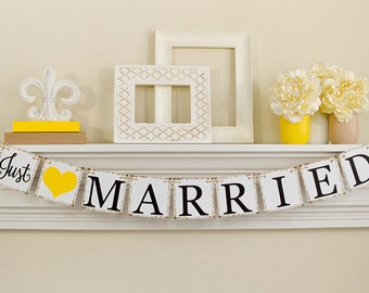 Just Married Banner, Wedding Signs, Just Married Sign, Just Married Car Sign, Wedding Photo Prop, B261