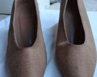 1992 Faith mink biege fabric court shoes. worn a few times.  Size 6