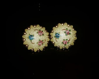 Lovely vintage earrings with flower-details! clip on earrings!