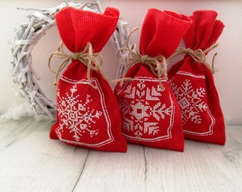 Christmas gift bags with handmade embroidery, gifts bags - 3 pieces, canvas santa sack, Gift red bags, Christmas bags with snowflakes.