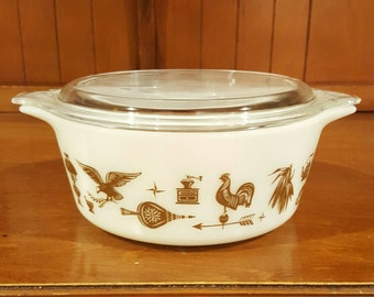 Pyrex Early American 1 1/2 Pt. Covered Casserole