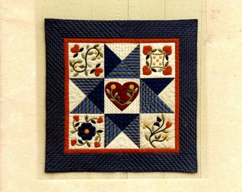 Quilting Pattern - Hearts and Vines Quilt Wall Hanging - Robb-n-Graves Designs - Applique Blocks