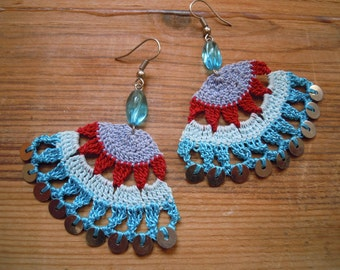 fanshaped crochet earings, multicolored