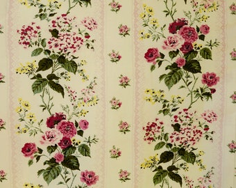1940's CURTAIN PANEL - 3 panels available of pale yellow cotton with roses and Hydrangeas from Paris