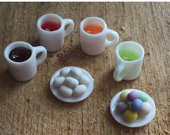 SALE Miniature Easter Egg Coloring Set, Dollhouse Miniatures, 1:12 Scale, Set includes Plates of Eggs and 4 Filled Dye Cups