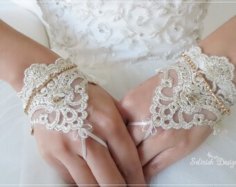 Mini Lace Bridal Gloves, Fingerless Gloves, Wedding Cuffs, Bridal Accessories, Bridal Gloves, Gold Wedding