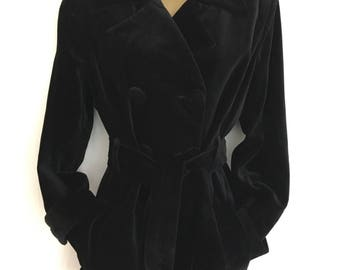 Beautiful velvet belted trench pea coat jacket in black velvet with covered buttons size 10