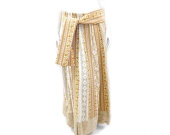 Vintage 60s Tapestry Maxi Skirt // Hippie Boho Panel Skirt// Amazing Tapestry Lace Maxi Skirt// Size S -M // 143