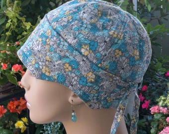 Womens Chemo Cap Soft Cancer Hat for Hair Loss Blue Floral Cotton Hat Reversible Small/Medium