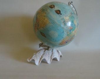 "Vintage Sea Life Decoupage 10"" Globe Clam Shell Base"