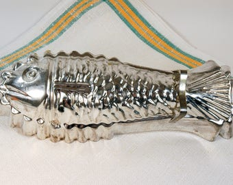 Fish Shaped Cake Pan Tin Made in W. Germany