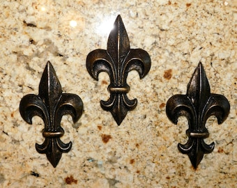 Fleur de Lis Wall Plaques | Wall Decor | Old World | Medieval | French Country | New Orleans | Cajun | FleurDeLisJunkie | Tuscan | Saints