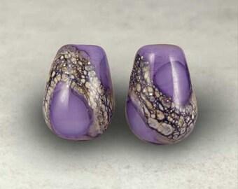 Teardrop lila Murano Glas Bead paar mit kleinen Amethyst Bio Web