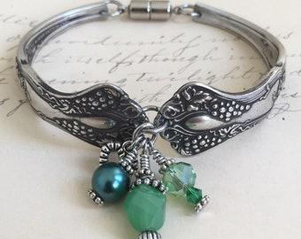 Spoon Bracelet ~VINTAGE~ 1904                Silverware Jewelry, Recycled, Handmade Jewelry