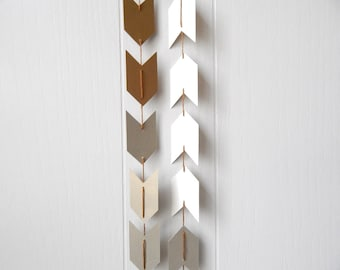 Ombre Arrow Garland in Gold and Champagne 8 ft
