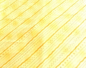 Clothworks Sew and Sew Collection Yellow Stitches Y0863-9