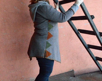 Woolen handmade sweater with hood and collar. Woolen jacket with geometric triangle appliques. Warm autumn sweater. Plus size