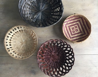 Set of 4 Vintage Baskets, Wall Hanging Baskets, Wall Baskets - Jungalow Style