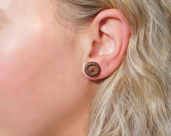 Acorn stud earrings are perfect Wooden anniversary gift.
