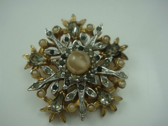 VTG Nettie Rosenstein Star Brooch