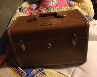 Vintage Brown Samonsite Traincase