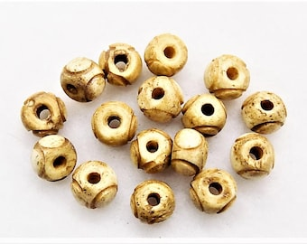 Carved bone beads; tea dyed, carved round beads, bullseye design, 8-9mm, 16pcs/2.80.