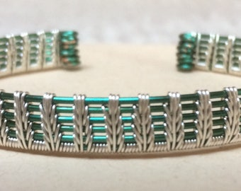 Feledes - Handmade wire-wrapped coloured and silver-plated copper bangle