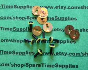 """Animal Eyes with shank and fastener - green and black - 3/16"""" (6mm) - 40 eyes  and 40 fasteners - Bel Tree - #51106-05"""