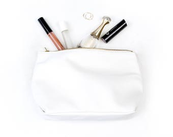 REBECCA White makeup bag. white Leather Clutch. Leather Makeup Bag. Leather Pouch. Leather Make up Bag. Leather Cosmetic Bag.