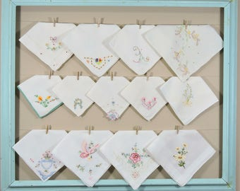 Vintage Embroidered Hankies / Embroidered White Hankerchiefs / Landies Hankies