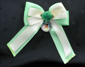 Tiana Bottle Cap Bow with Tails