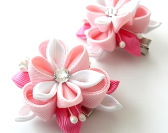 Kanzashi  Fabric Flowers. Set of 2 hair clips. Pink and white.