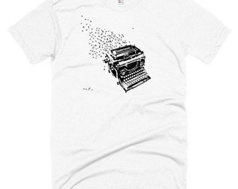 UNISEX T-shirt for writers, readers and book lovers alike.  Vintage Underwood Typewriter T-shirt Men or Women