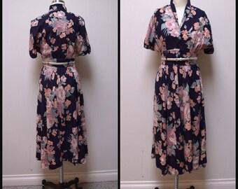 Vintage 1970s YOUNG EDWARDIAN by Arpeja Black Floral Rayon Retro 40s Dress ~XS