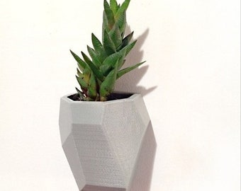 Large Geometric faceted wall planter, 3D printed planter, floating planter, cute white planter, geometric planter, wall planter,