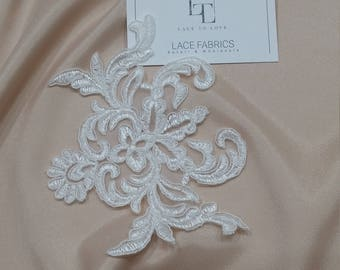 Ivory Lace applique, Ivory lace, French Chantilly lace applique, 3D lace, bridal applique, Applique M0064