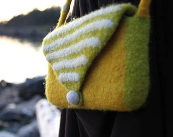 Felted Purse (yellow / spring green)