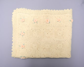 Vintage Baby Blanket, 1940's Hand Knit Cream and Pink Baby Blanket, New Mom Gift, Vintage Baby Receiving Blanket