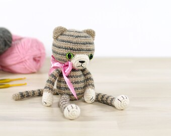 PATTERN: Stripy amigurumi cat - Crochet pattern with photos