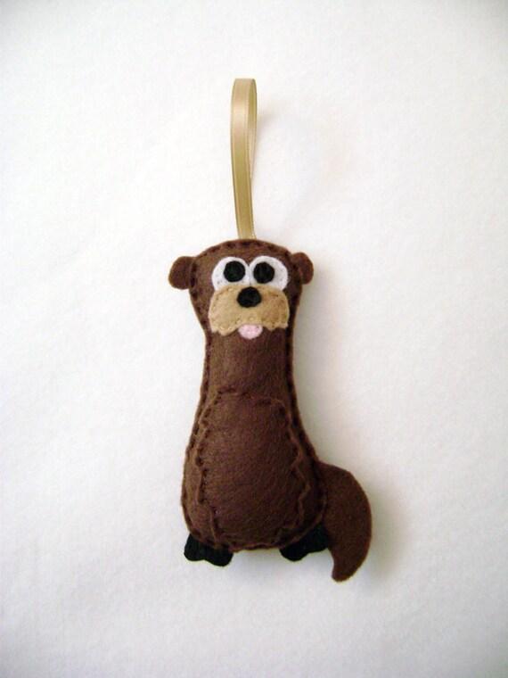 Otter Ornament, Christmas Ornament, Felt Animal,  Otto the Otter,  Stocking Stuffer, Christmas Decoration, Felt Ornament