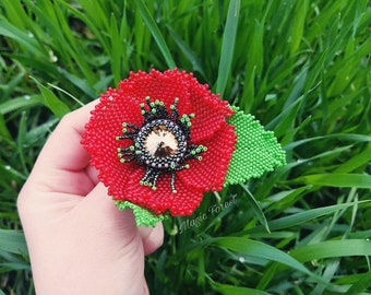 Red poppy flower brooch made of Czech beads- flower brooch-poppy Flower brooch-Beaded Brooch-decoration for clothing-weaving with beads