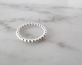 Everyday beaded ring, womens pinky ring, unique dainty rings, pinky ring for women, her pinky gift, pinky midi ring, thin modern rings