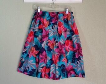 Vintage 80's Hawaiian Print Full Skirt, Knee Length