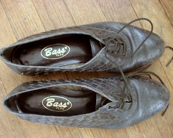 Vintage Bass oxford flats navy woven leather 6-6.5