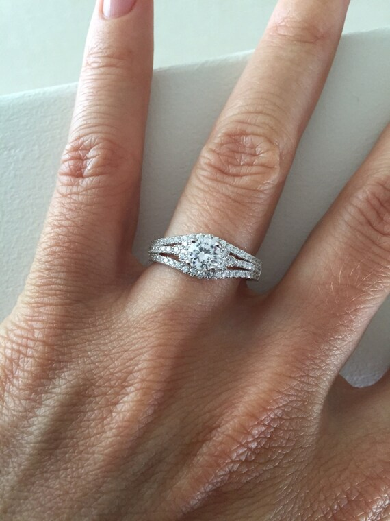 Beautiful 14k Triple Row Engagement Ring Cubic Zirconia Halo Ring BW42